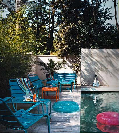 blue_chairs_1_opt